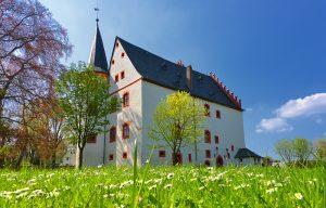 Schloss Netzschkau vom oberen Schlosspark aus