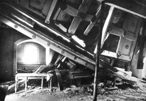 eingestürzte Saaldecke 1947